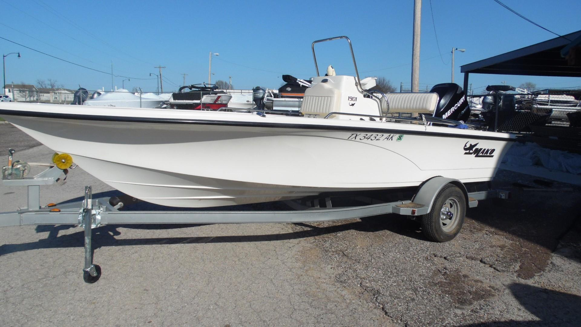 Used Mako 1901 Inshore Power Boats For Sale Arbuckle Sports Center
