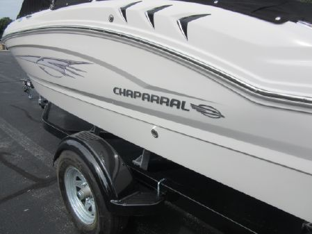 Chaparral 19 H2O Ski & Fish image