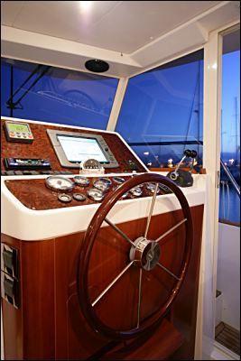 Beneteau Swift Trawler 42 image