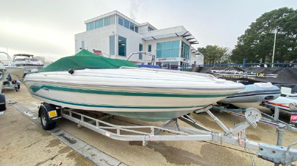 Sea Ray 200 SR