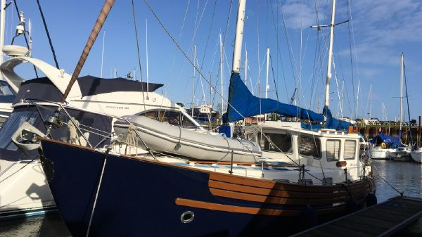 Used Sail Boats For Sale - Howard Ford Marine Sales in United Kingdom