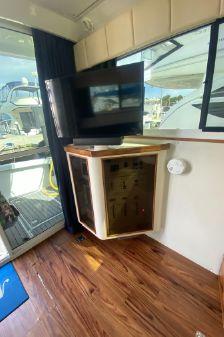 Catalina Islander 34 image