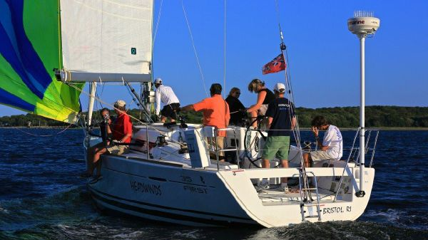 Beneteau First 35 Weeknight sailing