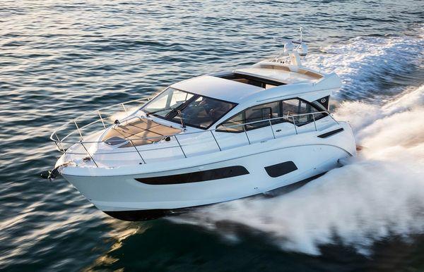 2017 Sea Ray Sundancer 460