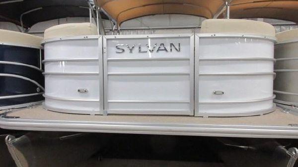 Sylvan Mirage 8520 Cruise