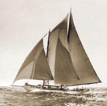 Alden Schooner image