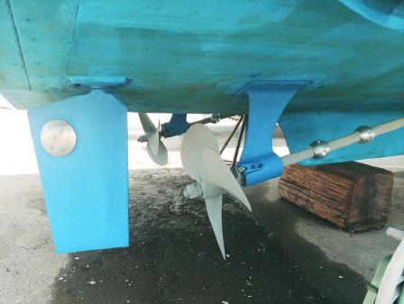 Sabreline Flybridge Sedan image