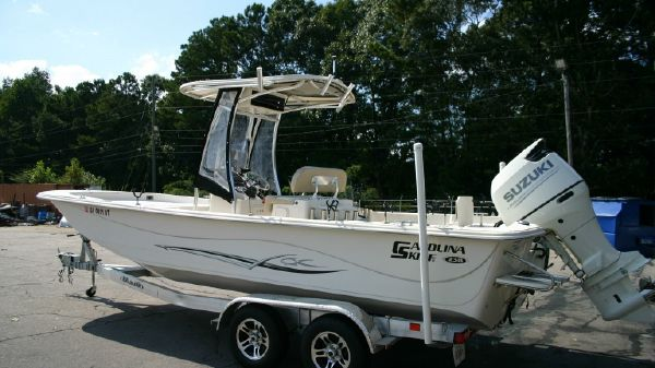 Carolina Skiff 238DLV
