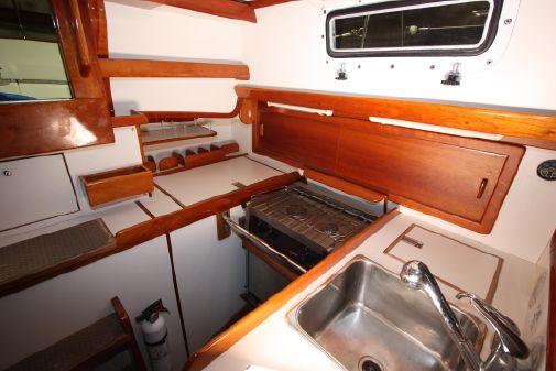 Morris Ocean Series 34 image