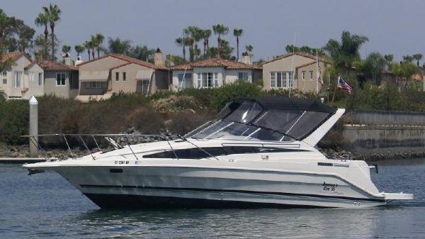 Bayliner 2855 express cruiser