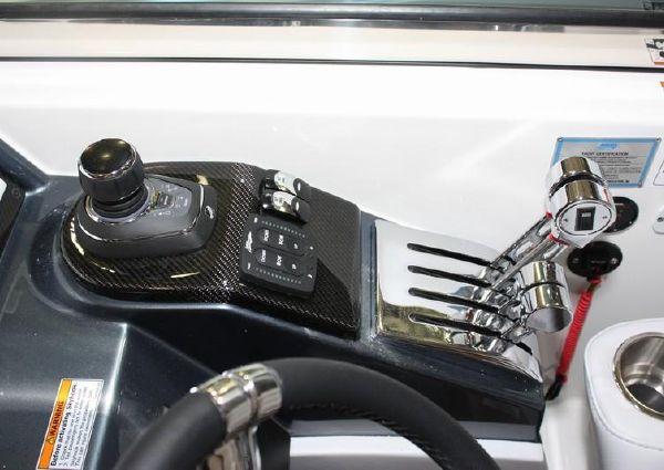 Formula 400 Super Sport image