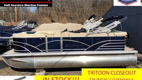 Sylvan 8520 Mirage Cruise TRITOON