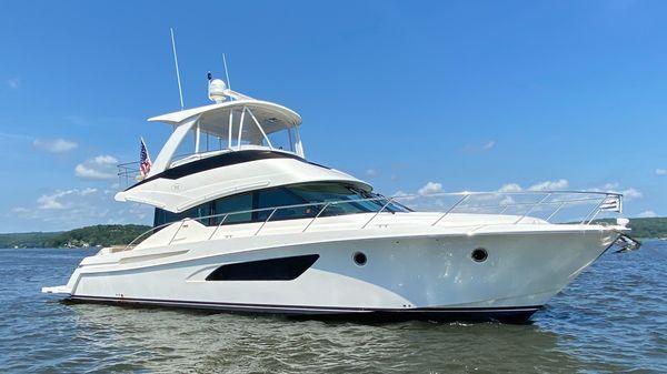 Tiara Yachts 5000 Flybridge