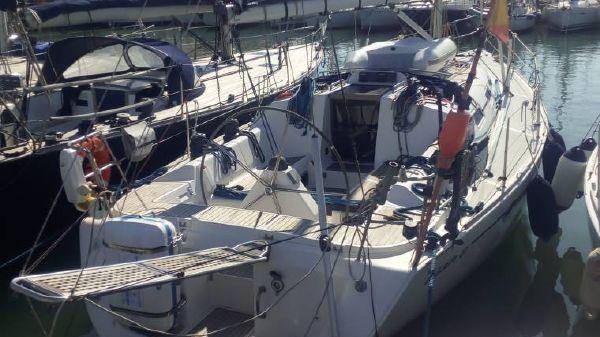 Elan Marine 40