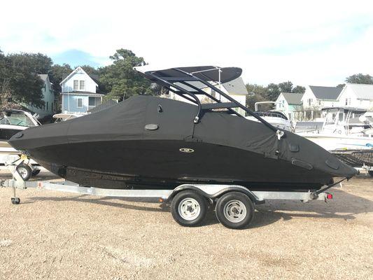 Yamaha Boats 242 Limited S - main image