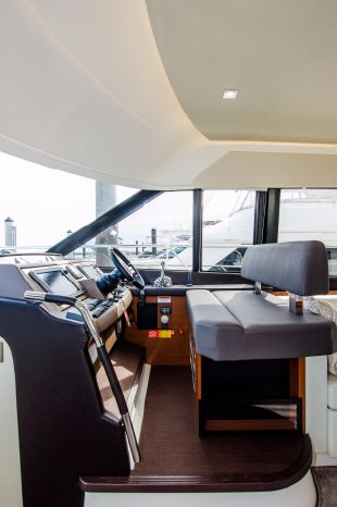 2015 Prestige 550 Fly Purchase New England