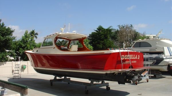 Hinckley Picnic Boat Photo 1