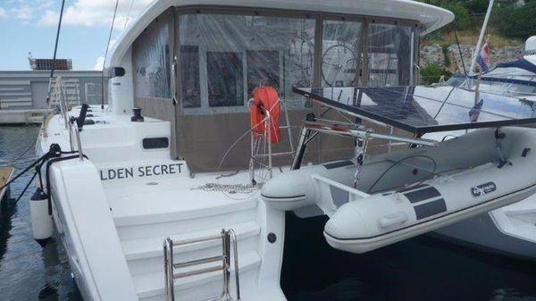 Lagoon 39 Premium Owner Lagoon 39 Owner for sale - cockpit