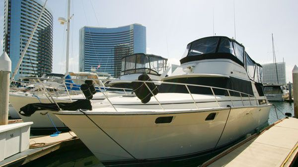 Silverton Aft Cabin Motot Yacht