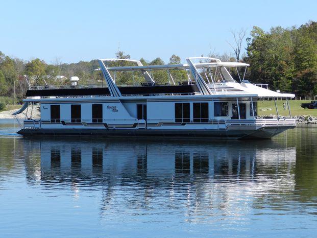 2006 Sunstar BoatsalesListing Brokerage