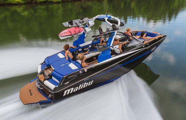 2019 Malibu M235