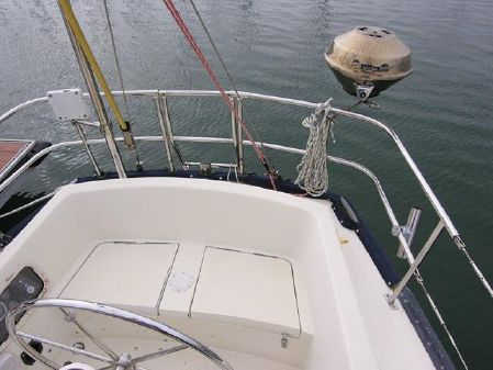 Islander 36 image