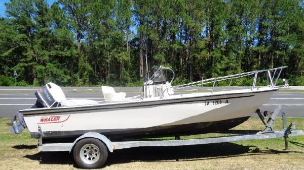 Boston Whaler 18 Outrage
