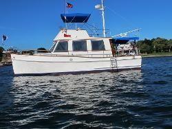 Grand Banks 32 Trawler