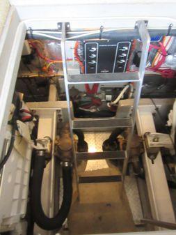 Silverton 410 Sport Bridge image