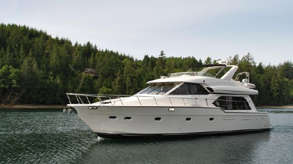 Bayliner 5788 Pilothouse Motoryacht 5788 Bayliner 1999 Underway
