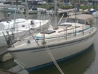 1985 LM<span>Mermaid 315</span>