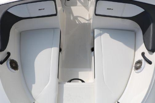 Sea Ray 21 SPX OB image