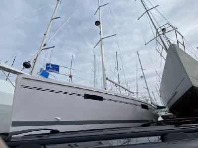 2021 Catalina<span>425</span>
