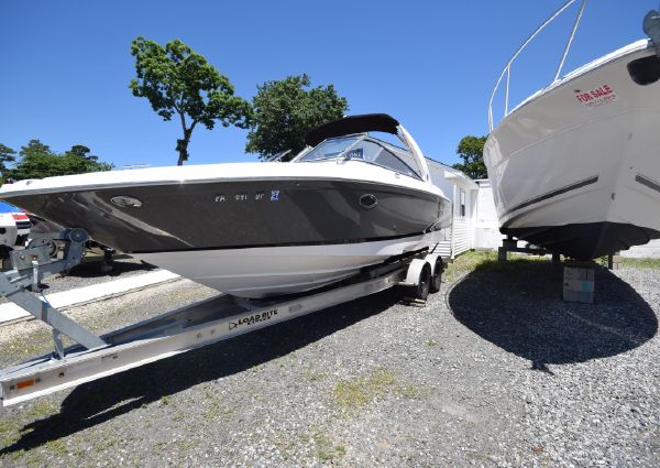 Regal 2700 ES Bowrider image