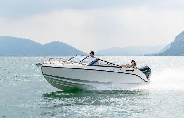 2021 Quicksilver activ 675 cruiser