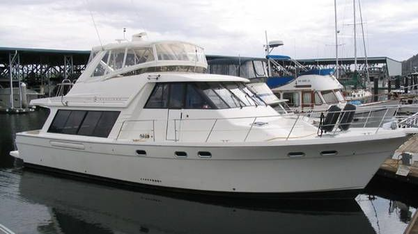 Bayliner 4788 Pilothouse Photo 1