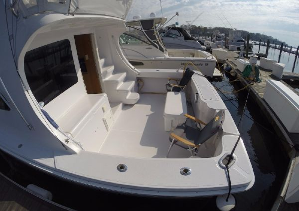 Luhrs 36 Convertible image