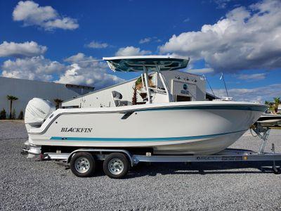 2018 Blackfin<span>212 CC</span>