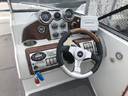 Formula 240 Bowrider image