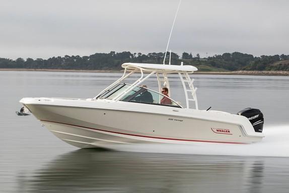 Boston Whaler 230 Vantage - main image