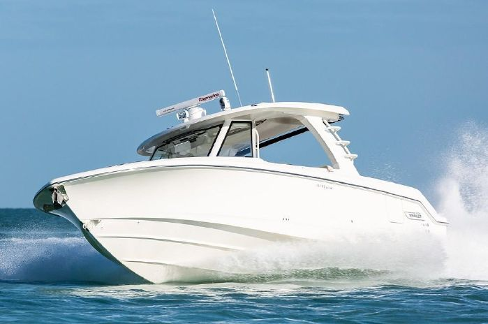 2019 Boston Whaler 350 Realm - Outboard Motor Shop