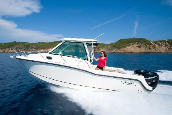 Boston Whaler 285 Conquest - main image