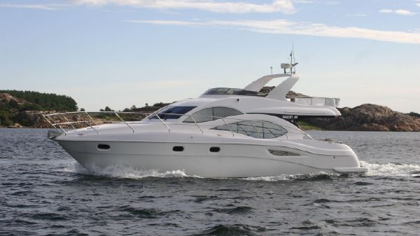 Gulf Craft Majesty 50