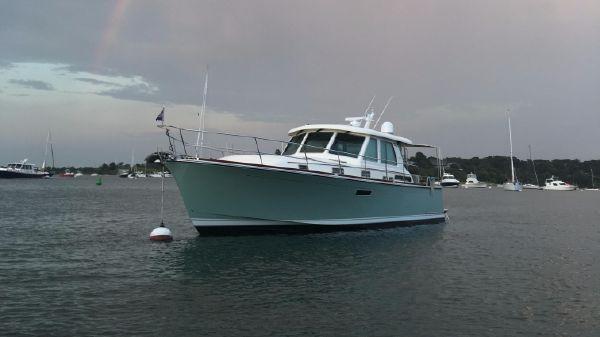 Sabre Yachts 48 Salon Express Profile
