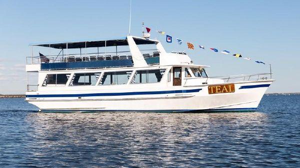 Lydia Dinner Boat