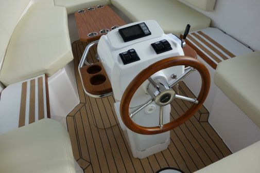 Alfastreet Marine 18 Open Electric image