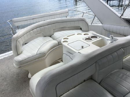 Sea Ray 50 Sedan Bridge image