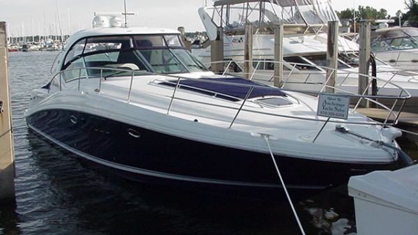 Sea Ray 44 Sundancer Blue Hull Photo 1
