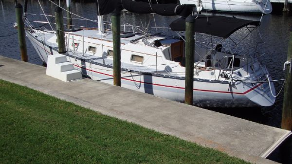 Hunter 36 Sloop