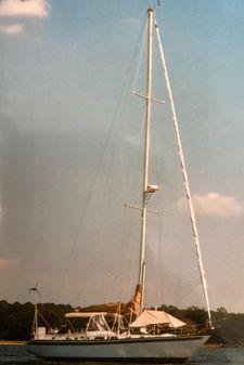 Endeavour 42 image